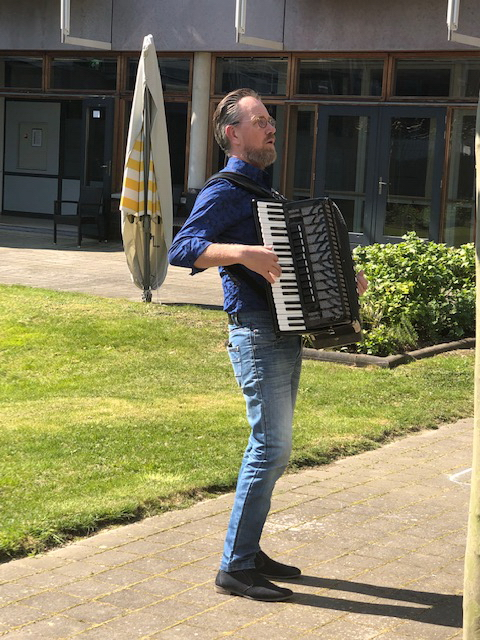 De Muzieknoot Accordionist